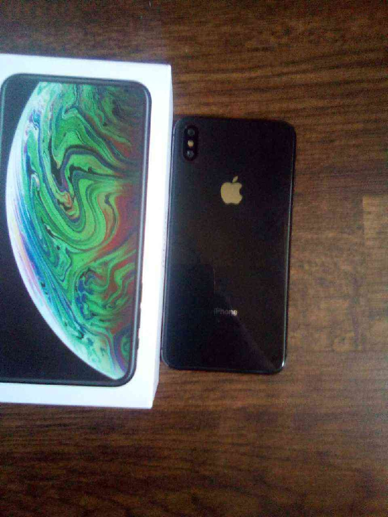 512GB iPhone XS max, space gray
