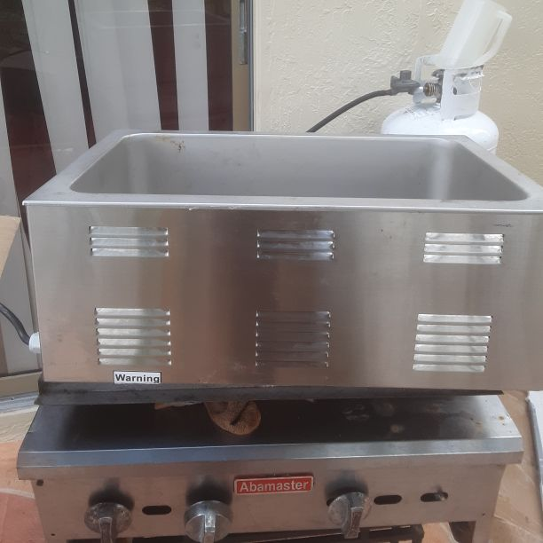 Full size food warmer