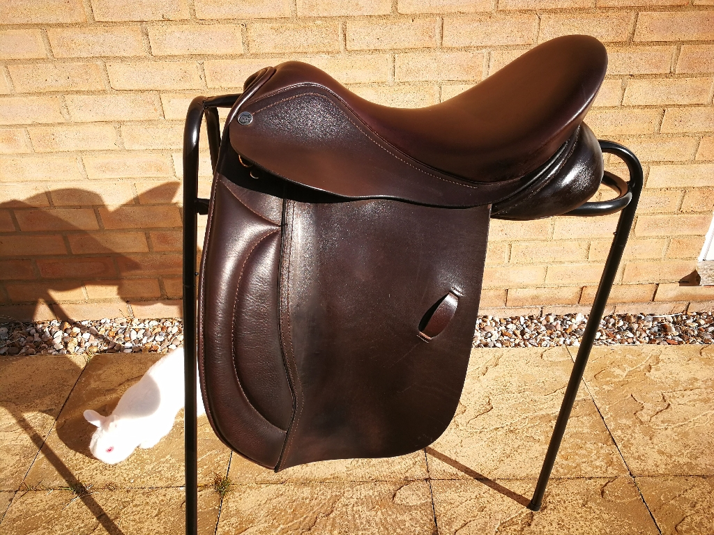 "18"" Working Hunter Saddle"