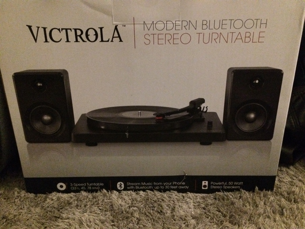 Victrola modern Bluetooth stereo turntable
