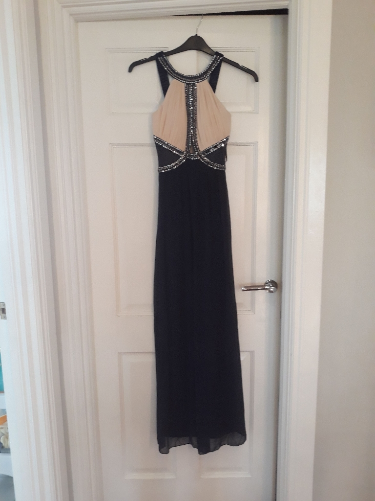 Miss guided navy and cream formal dress
