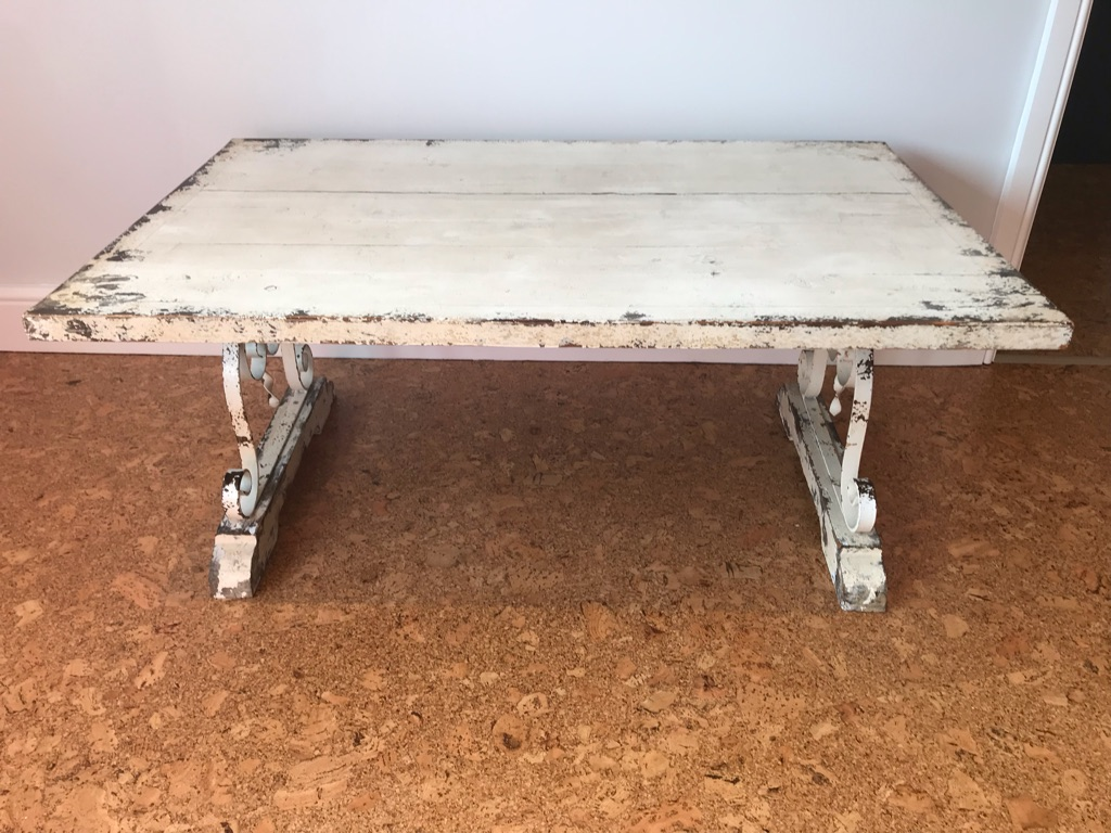 coffee table - shabby chic