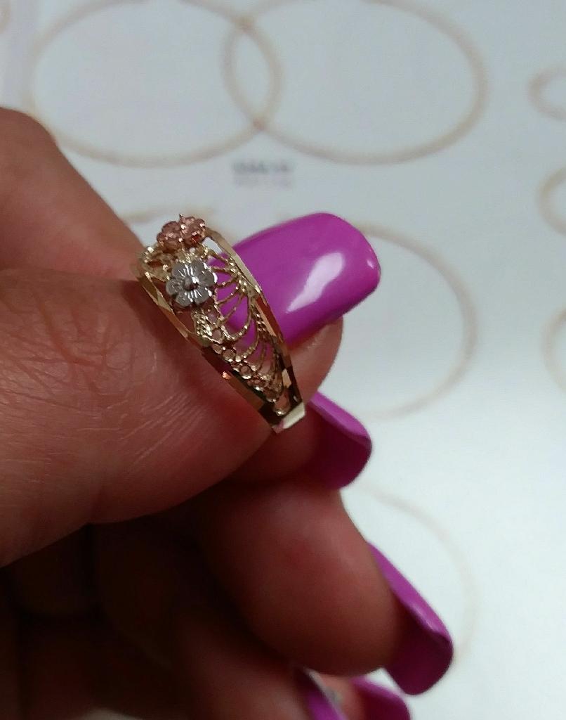 3 gold flower ring 14k