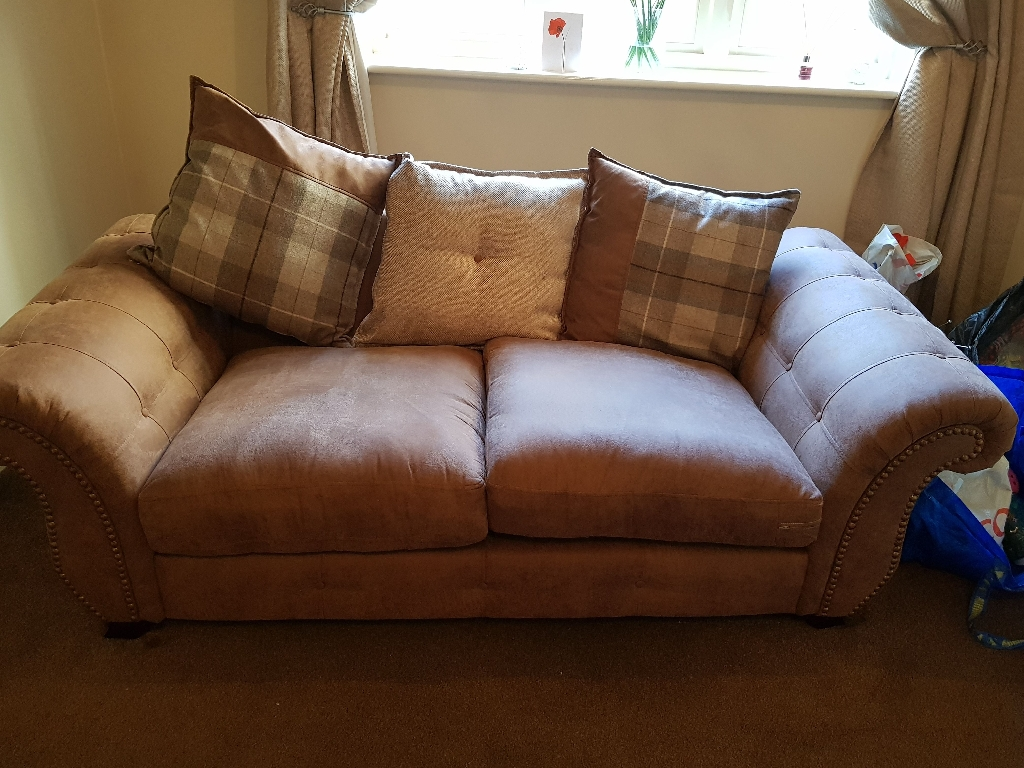 Dfs sofa (6 months old )