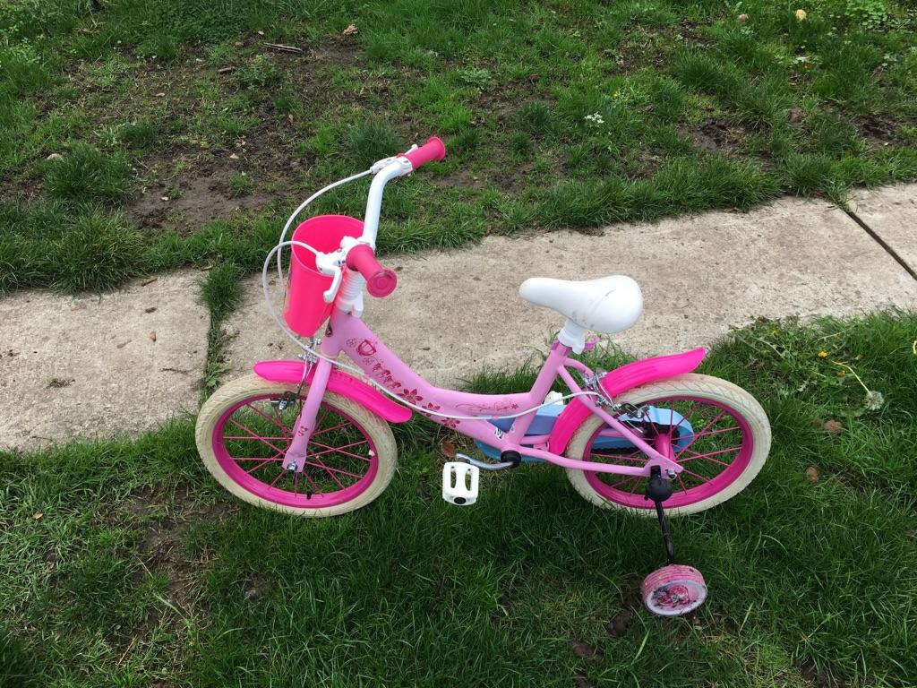 Princess bike with stabilisers