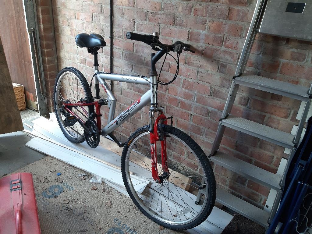 Mens mountain bike apollo fs 26