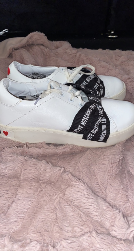 Moschino trainers with bow
