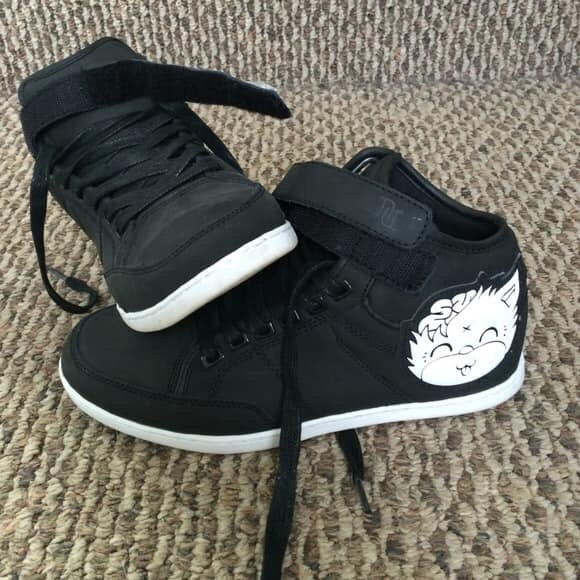 DROP DEAD HIGH TOP TRAINERS