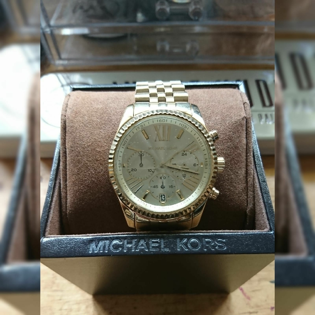 **BLACK FRIDAY SALE** MICHAEL KORS GOLD WATCH **BRAND NEW** Not Tag or Guess
