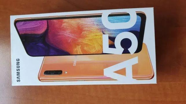 Samsung galaxy A50 128gb coral