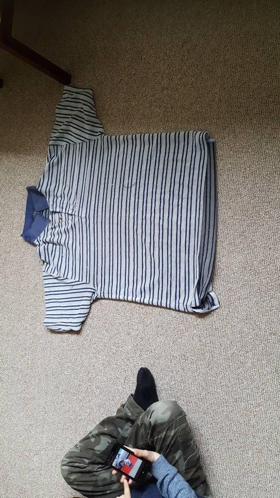 men's large t shirt