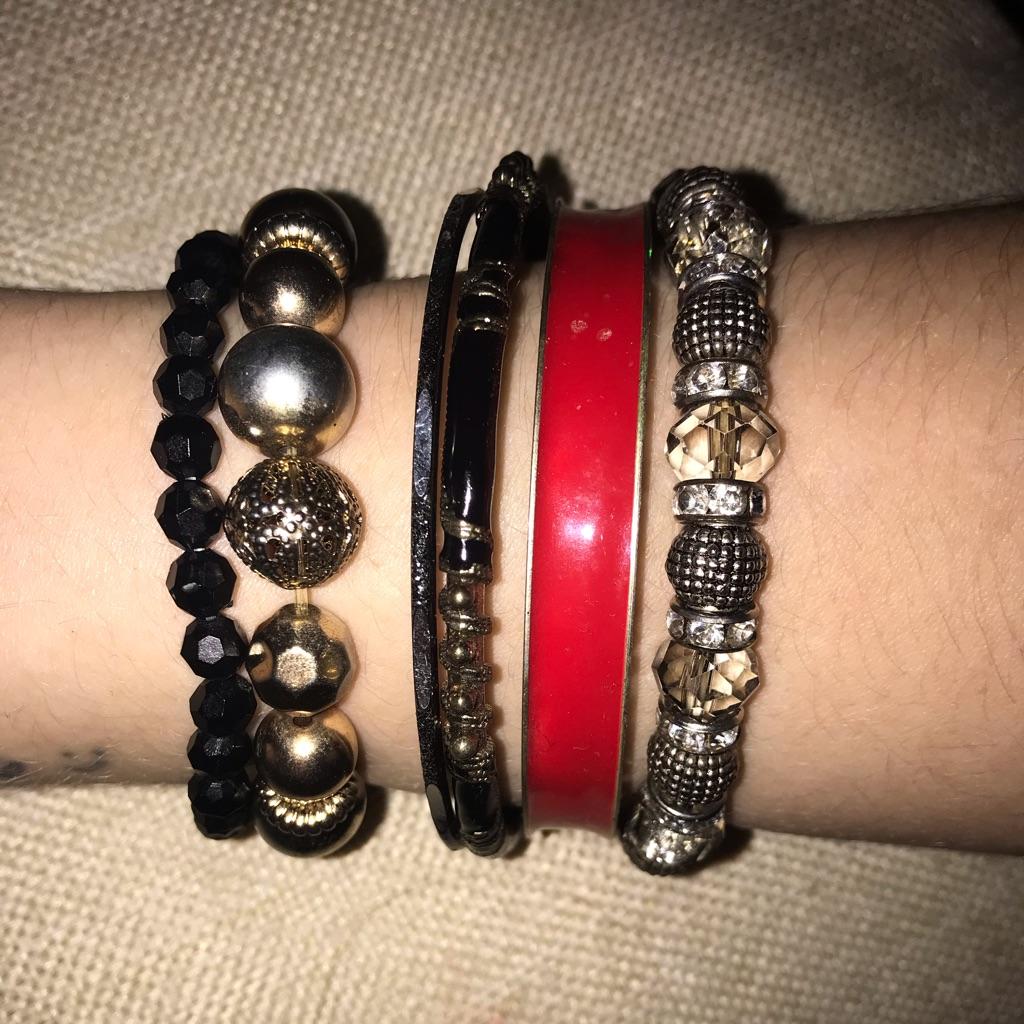 Bundle of 5 bracelets
