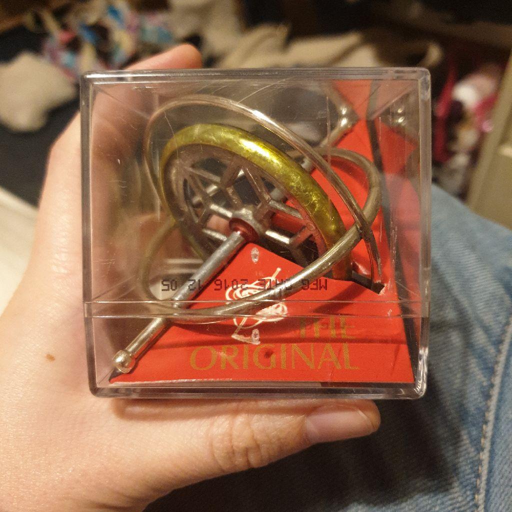 Tedco toy gyroscope