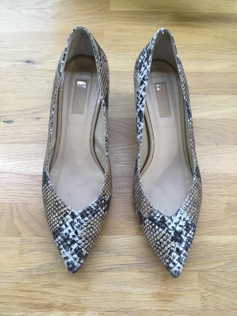 Animal / Snake print heels 40