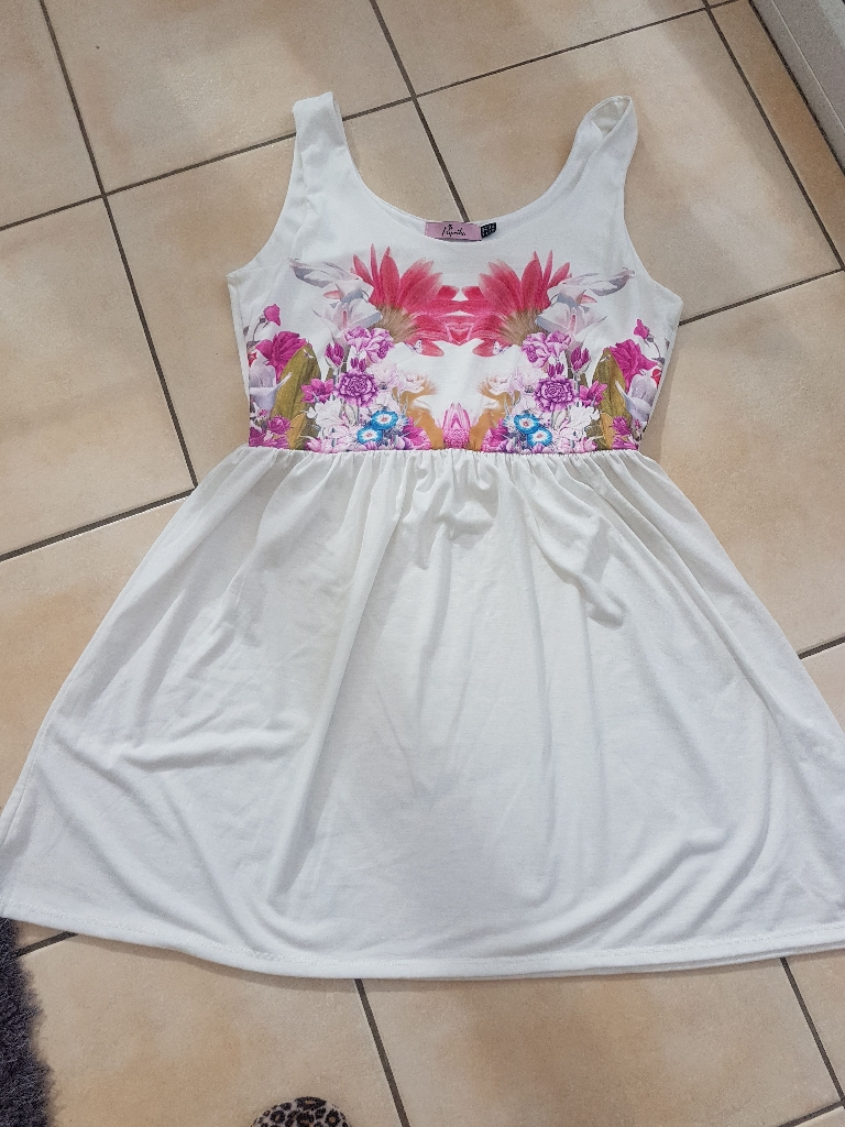 Summer skater dress size 14