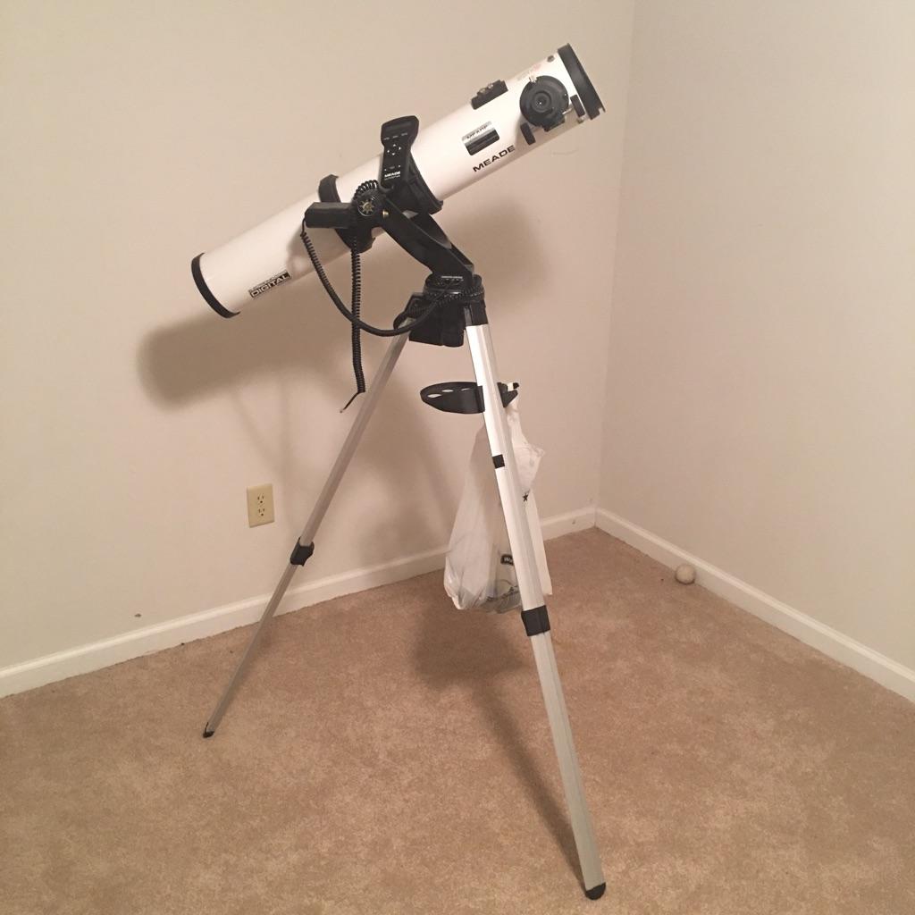 Meade digital electric telescope