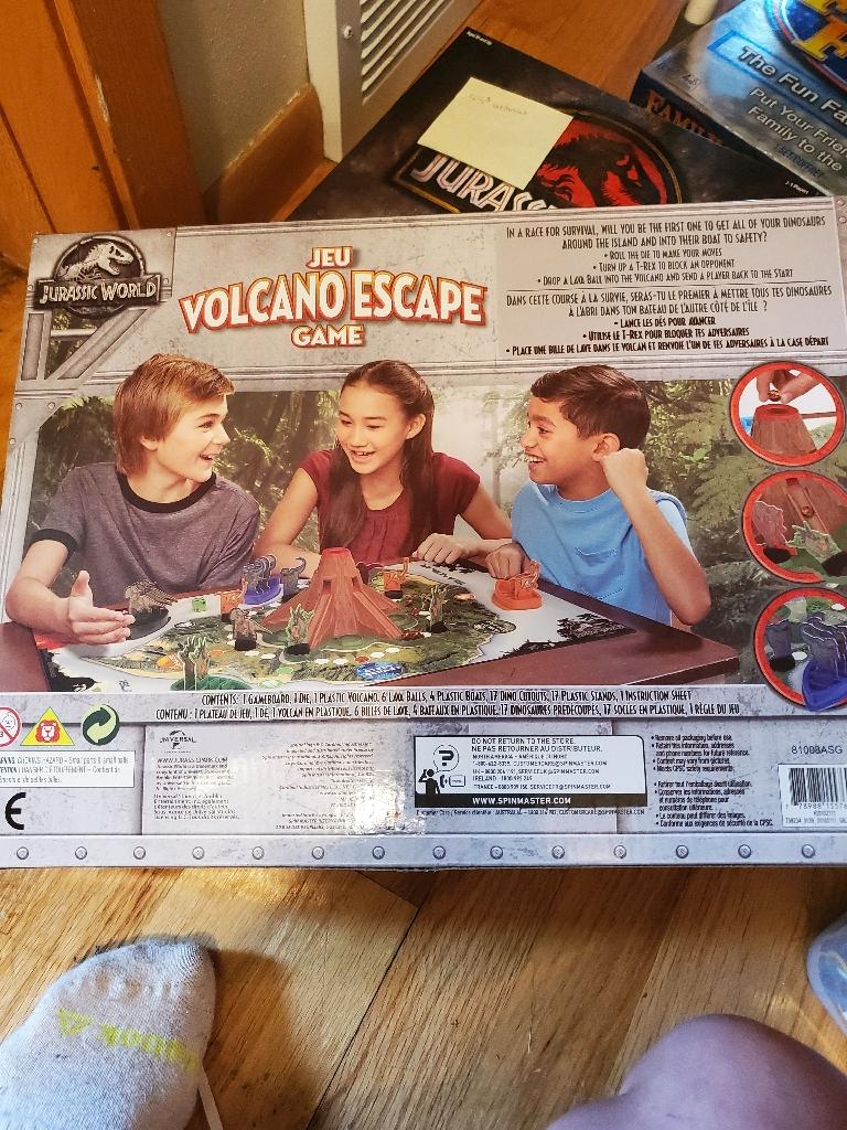 Jurassic world volcano escape