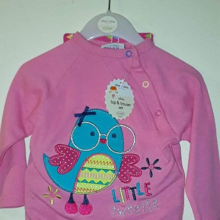 Girls top and trouser set with picture of a bird age 12-18 months
