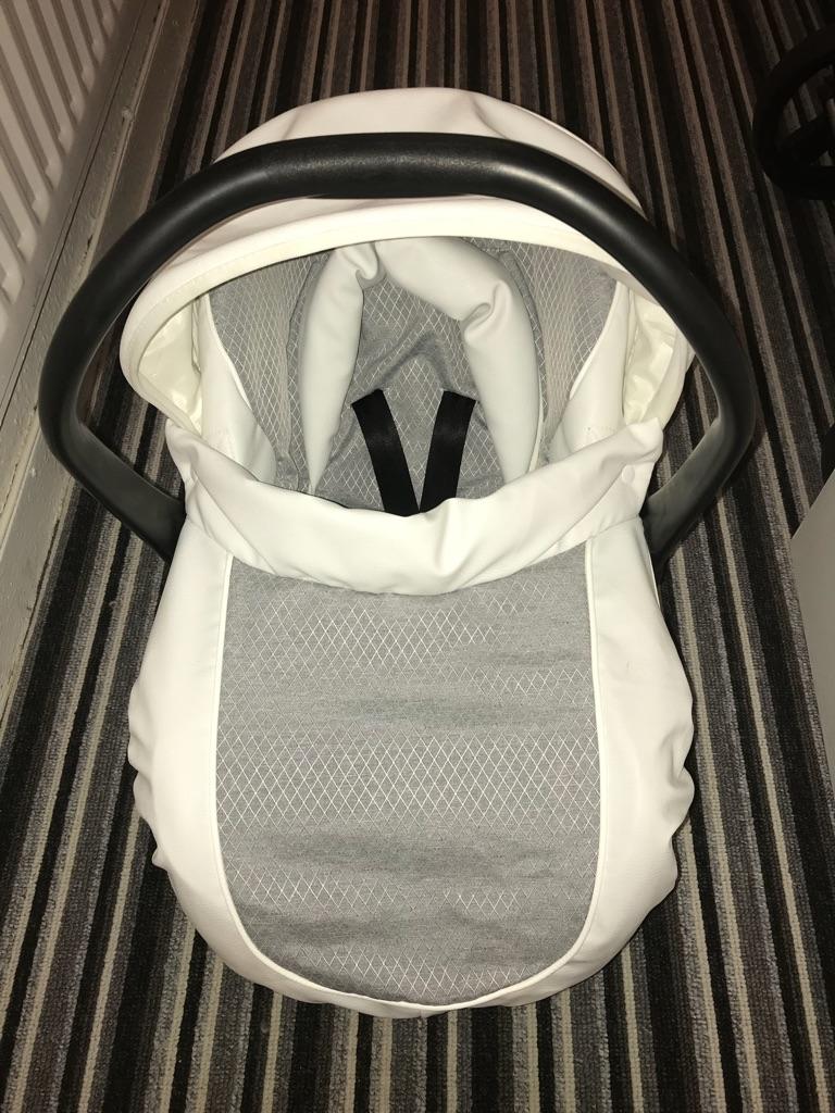 Baby style prestige pram grey and white 3 in 1 pram