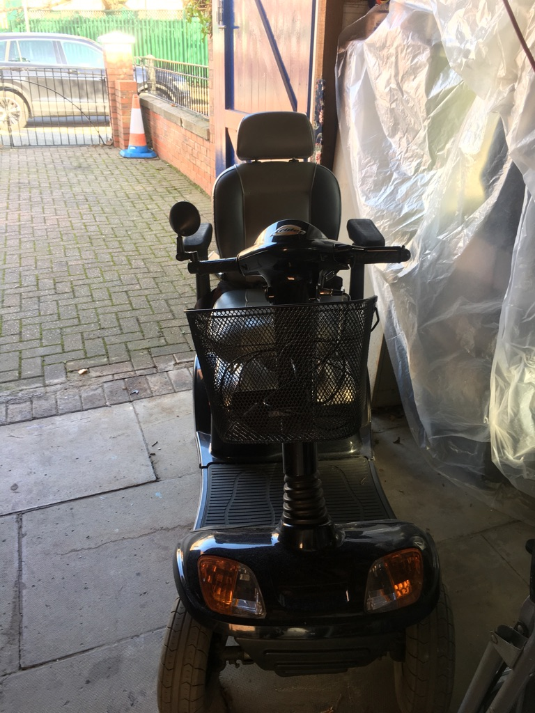 Strider maxi large mobility scooter 8mph