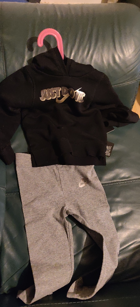 Nike girl's tracksuit