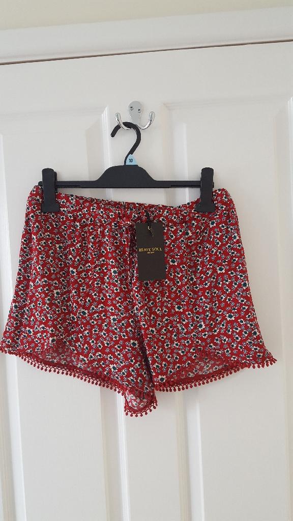 Ladies Red print shorts