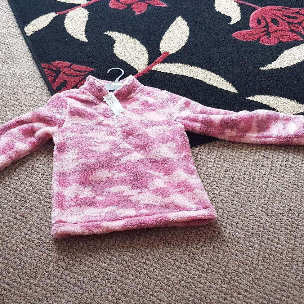Girls fleece jumper age 7-8