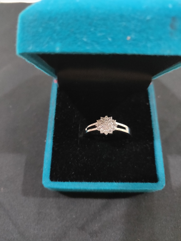 14K White Gold Diamond Ring for Girls