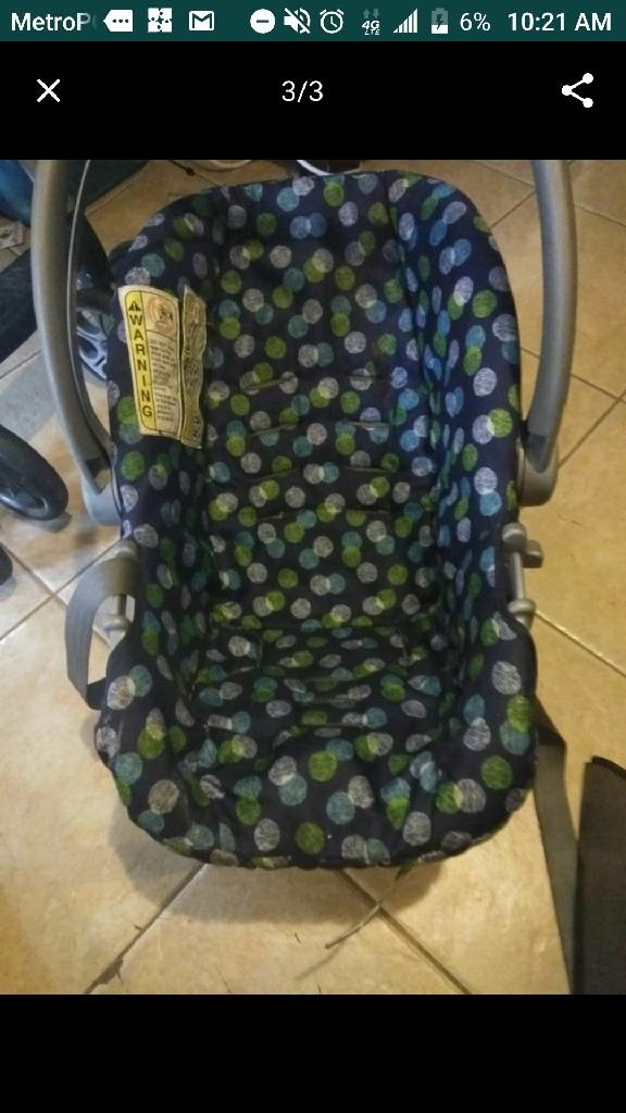 Baby cat seat