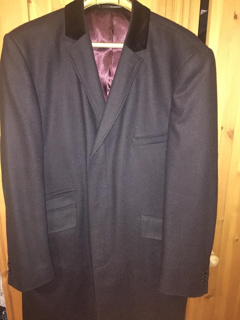 Men's navy covert coat worn once size xl / 46