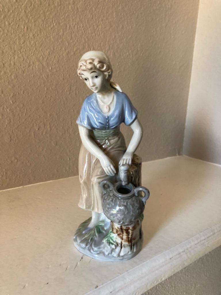 Figura de porcelana española