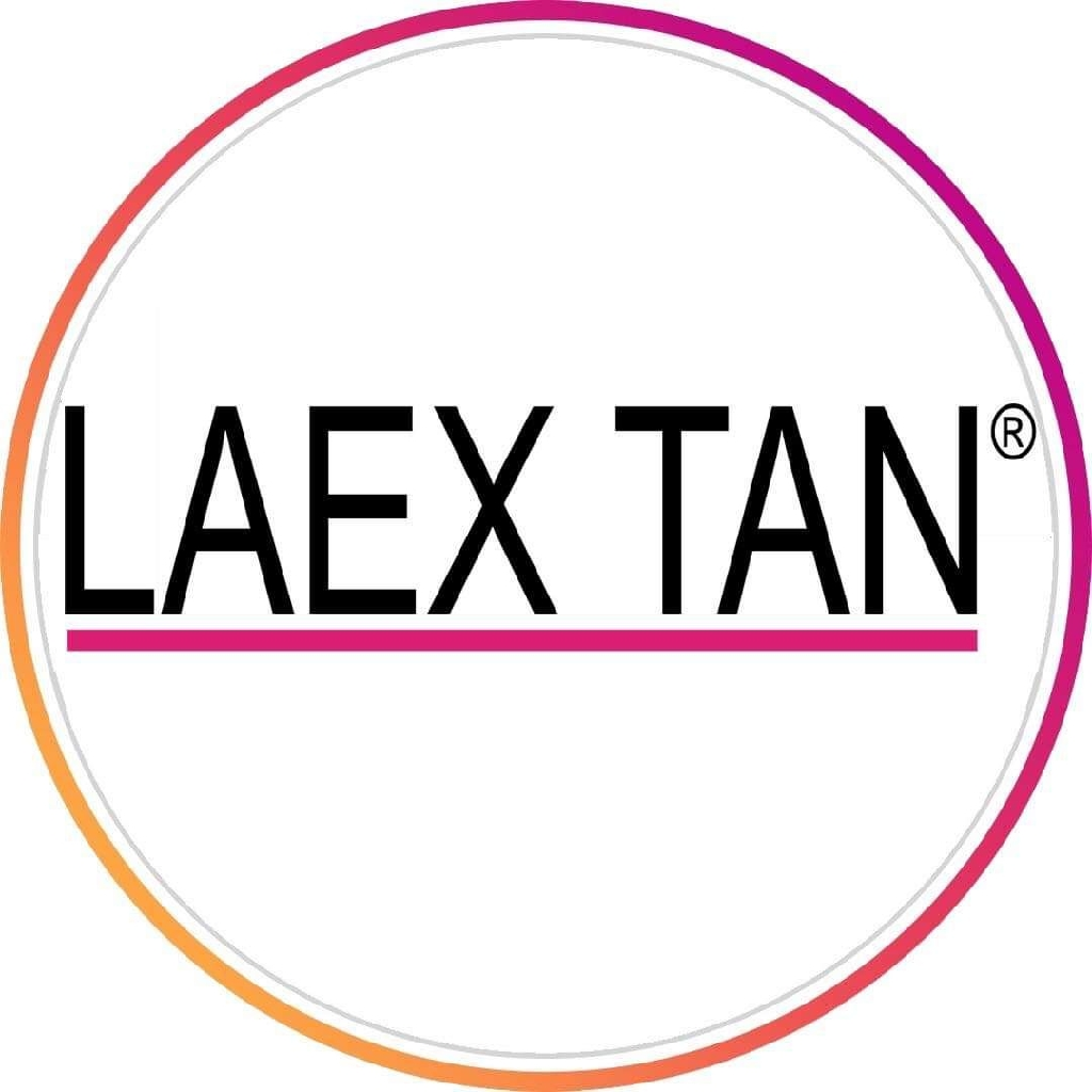 Spray tan courses and tanning products