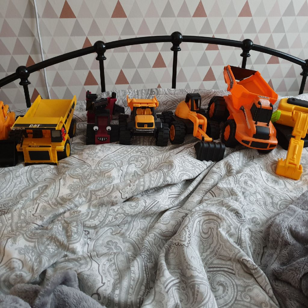 Toy diggers
