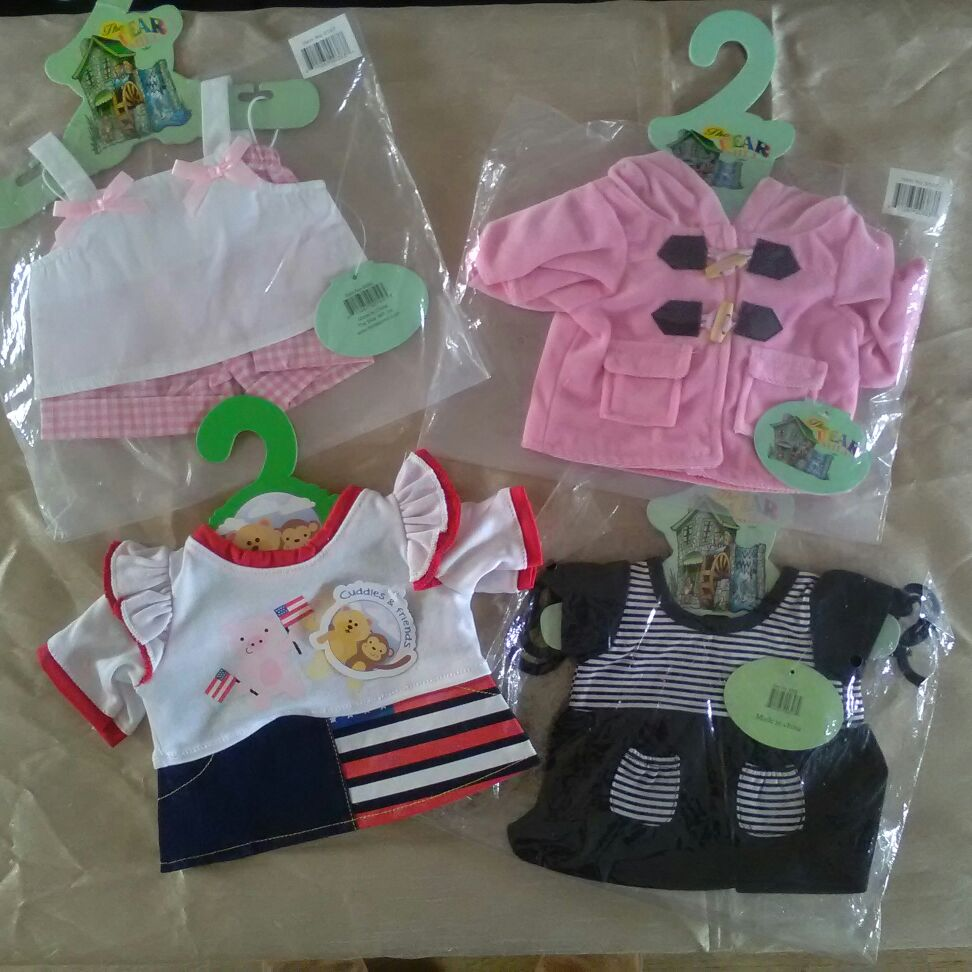 Build a bear - outfits to fit a build a bear FREE dinosaur with 4 outfits purchased!