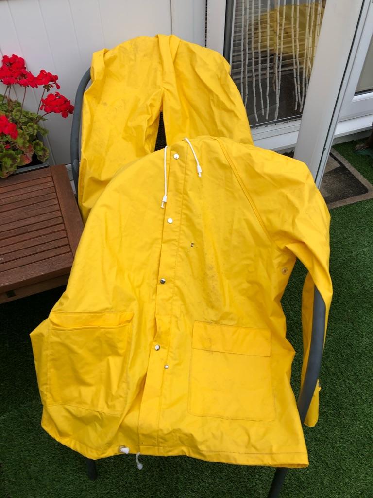 Men's waterproof trousers and coat