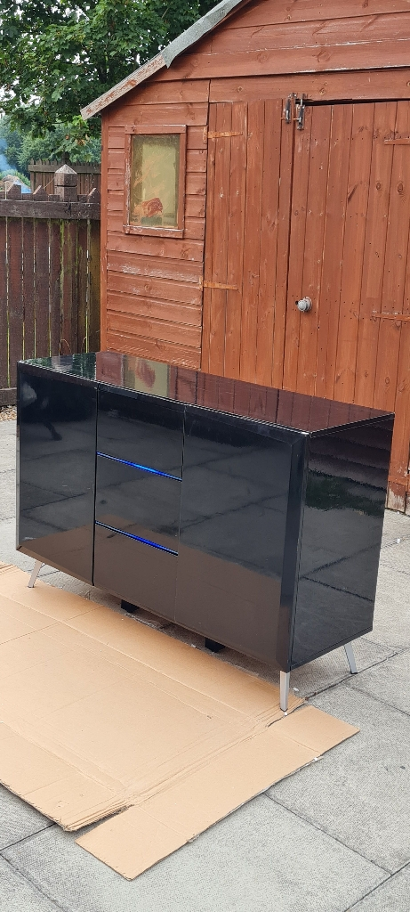 New 47 inches wide £225
