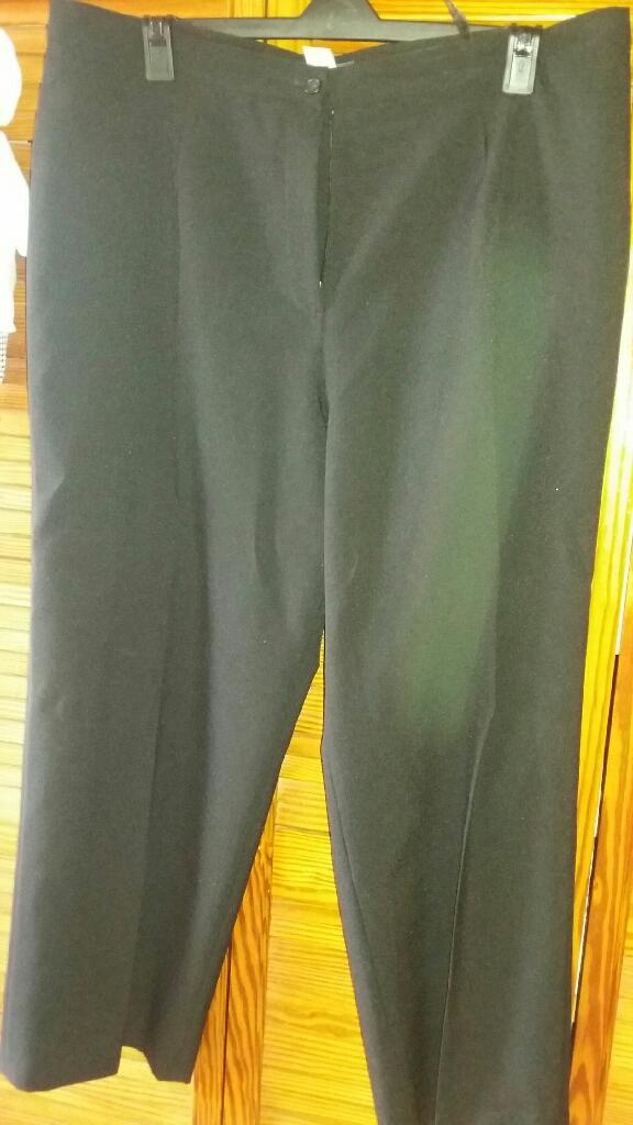 Ladies Black trousers size 24