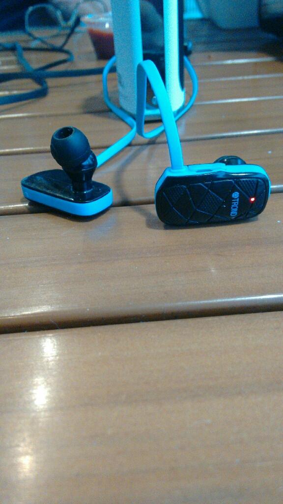 Trond Edge Bluetooth 4.0 headset/earbuds
