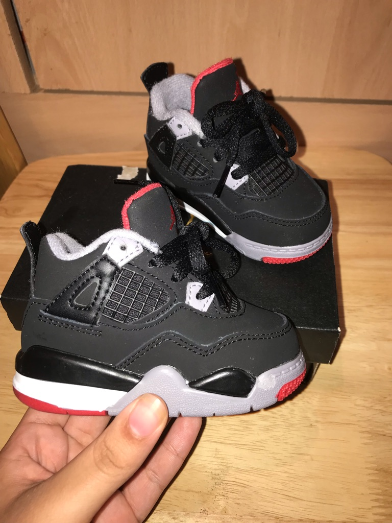 Toddler retro Jordan's