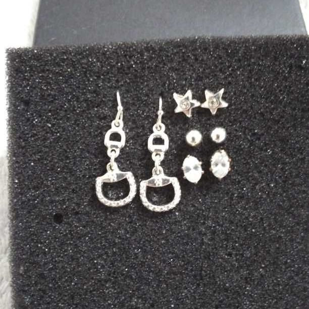 Set of 4 gorgeous earings
