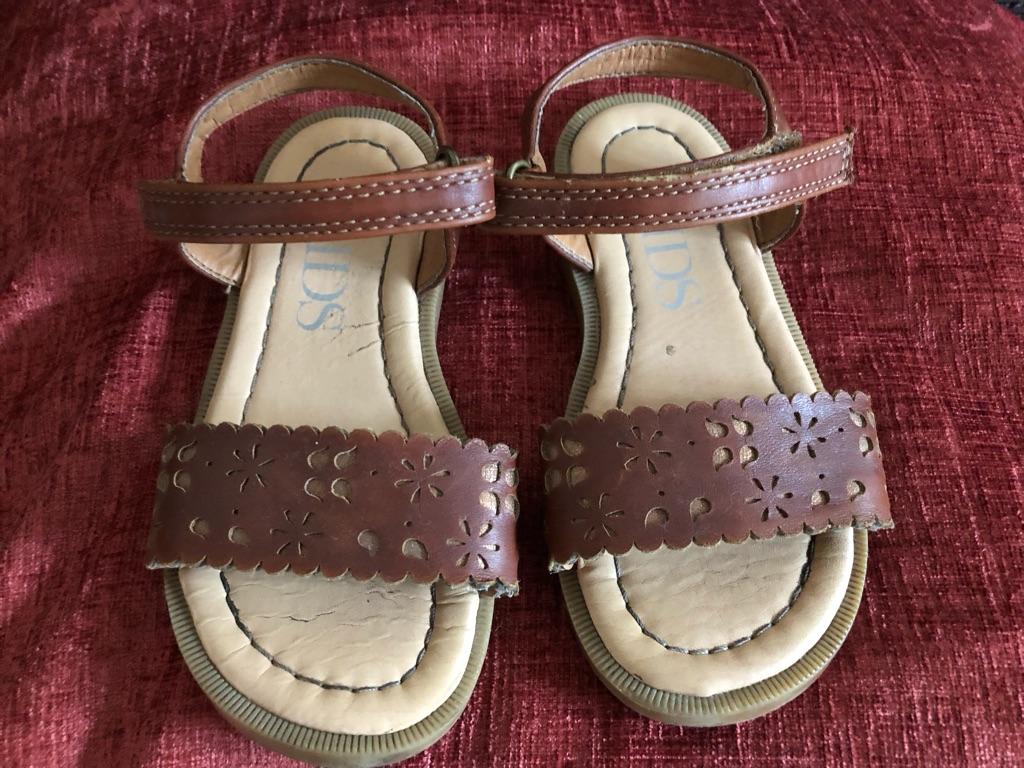 Girls Sandals - Size 7