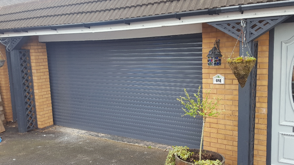 Electric Garage roller shutter door 14ft