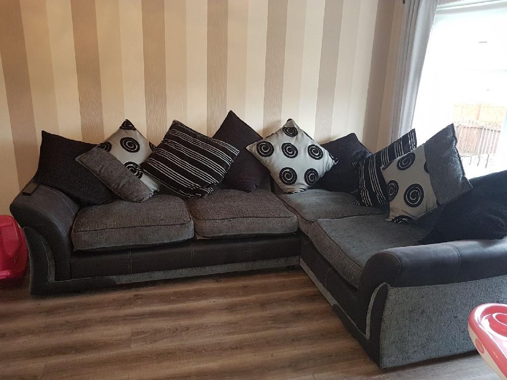 online retailer c41d0 54668 Dfs black & grey corner sofa