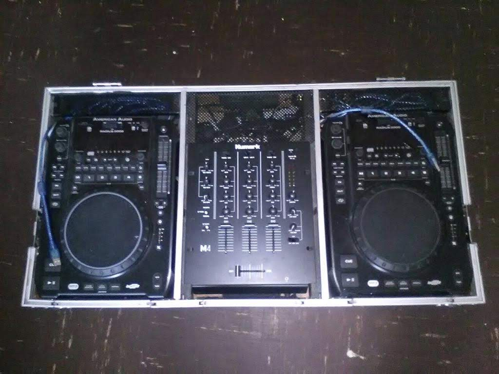 2x America audio cd deck and a nurmark mixer