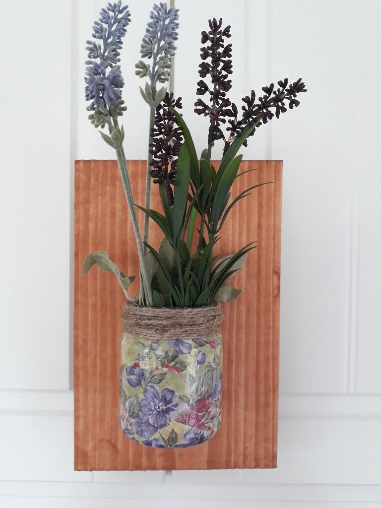 Indoor/outdoor rustic vases