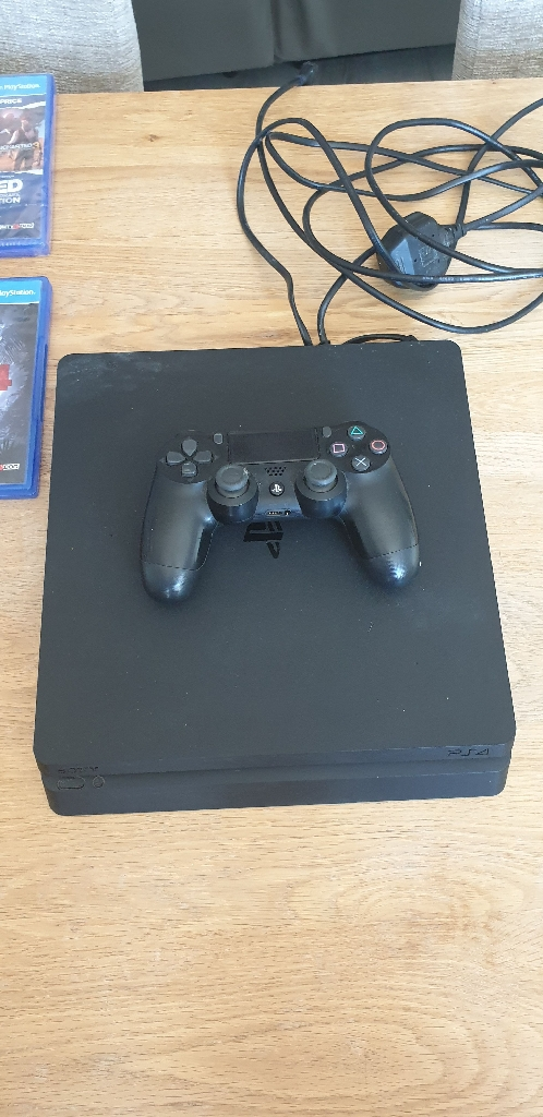PS4 slimline 500GB