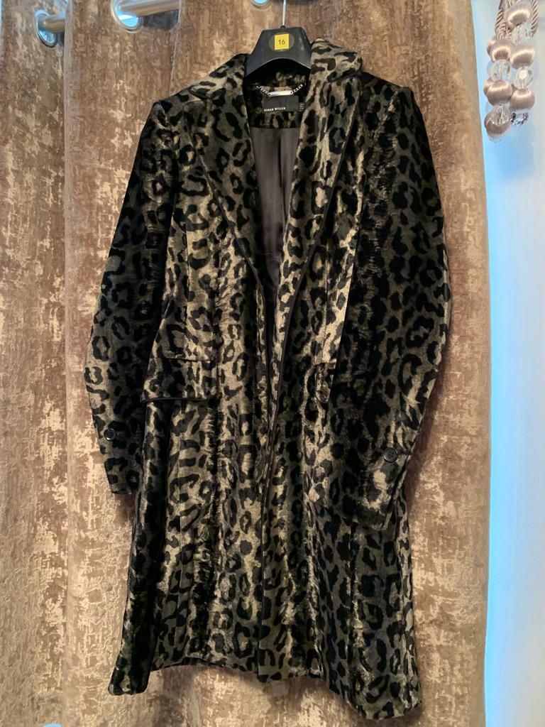Karen millen silver grey and black leopard print coat