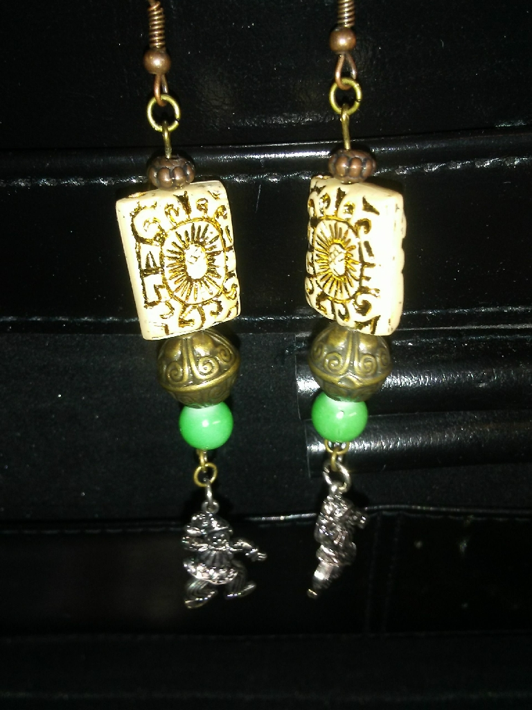 Fashion Jewelry.
