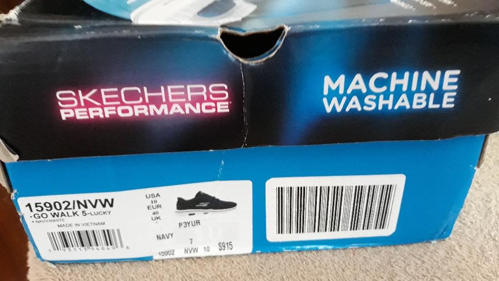 Skechers trainers
