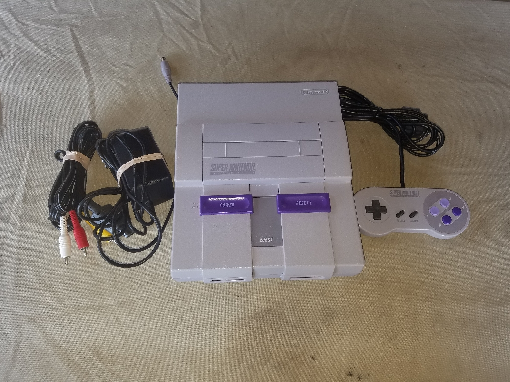 Super Nintendo Entertainment System (Restored) SNES